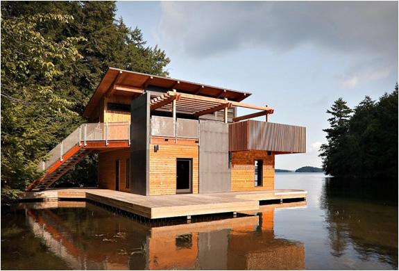 Photo of Eşsiz Göl Manzarasında Bir Yüzer Ev Projesi