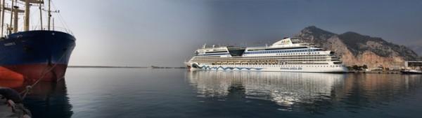 Photo of Antalya Limanı'na Gelen Sezonun İlk Lüks Yolcu Gemisi Astor Oldu
