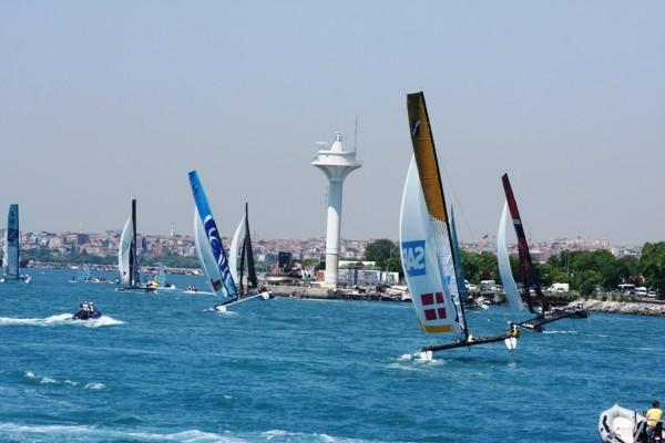 Photo of Extreme Sailing İstanbul'luları Yelkene Doyurdu