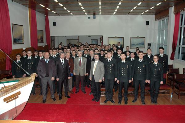 Photo of DEFAV İTÜ Denizcilik Fakültesi Öğrencileriyle Buluştu
