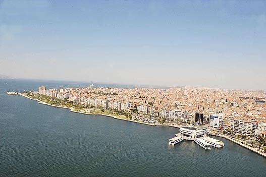 Photo of Karşıyaka'dan bakanlığın yat limanı projesine ret