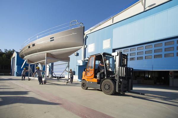 Photo of AZUREE 46'nın Dünya Prömiyeri Cannes Boat Show'da gerçekleşecek