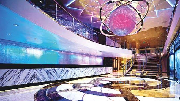 Photo of 7 katlı 142 metrelik beş yıldızlı yat otel