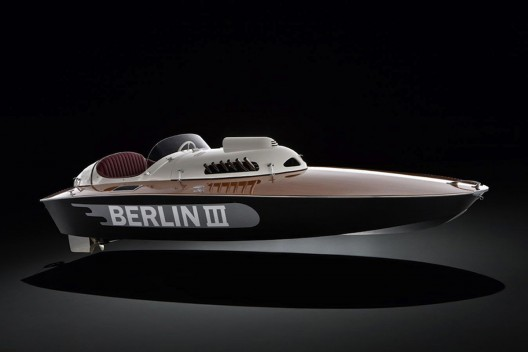 1950-Berlin-III-BMW-Speedboat-1-528x352