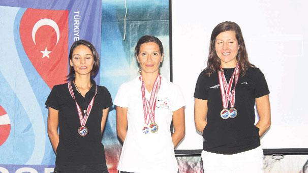 Photo of Deniz kızlarından madalya rekoru