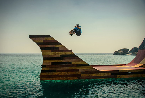floating-skate-ramp-3