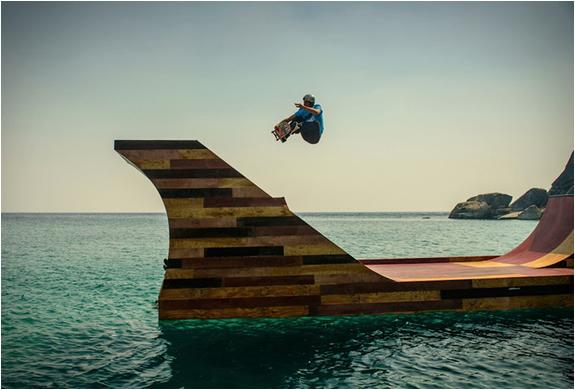 floating-skate-ramp-3
