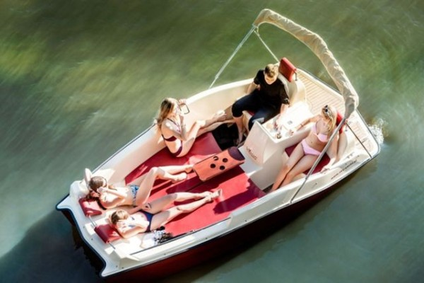 Joyboat - Joystick-controlled Boat!
