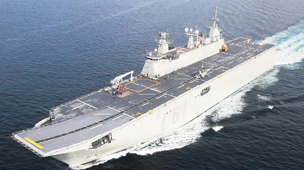 "Photo of Donanma'nın amiral gemisi ""Anadolu"" yolda"