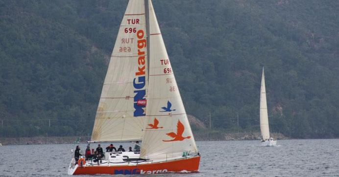 Photo of 'MNG Kargo Sailing Team' katıldığı ilk yarışta birinci oldu