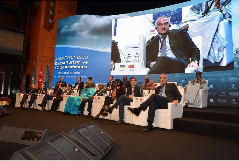 Photo of 3. Dünya Turizm ve Kültür Konferansı İstanbul'da gerçekleşti
