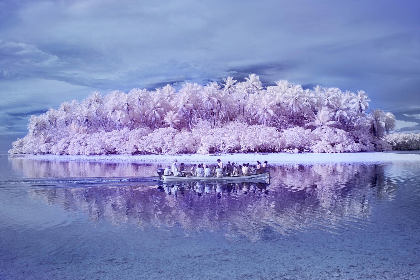 Photo of Burada dünyanın rengi de, tonu da bambaşka!